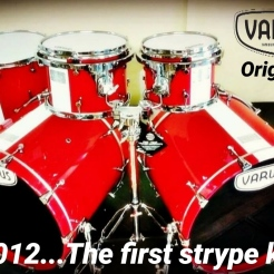 Il primo kit Stripe Varus Original